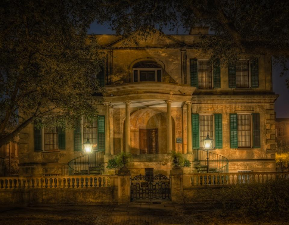 Savannah Ghost Tours at the Owens Thomas House